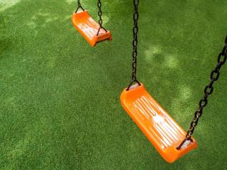 Kunstgras voor in de speeltuin of het park