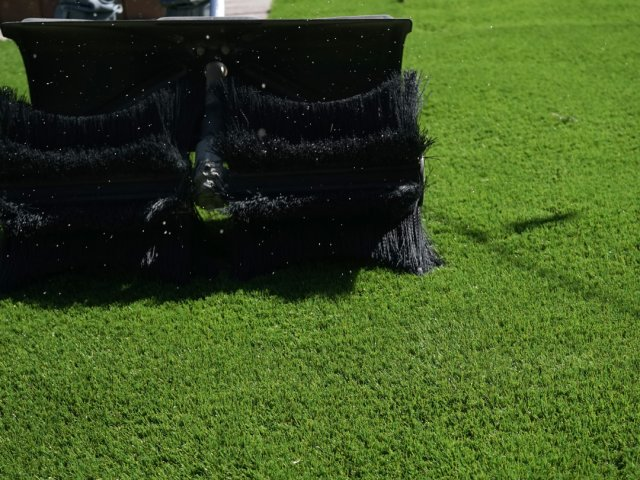 How to maintain your artificial grass all year round